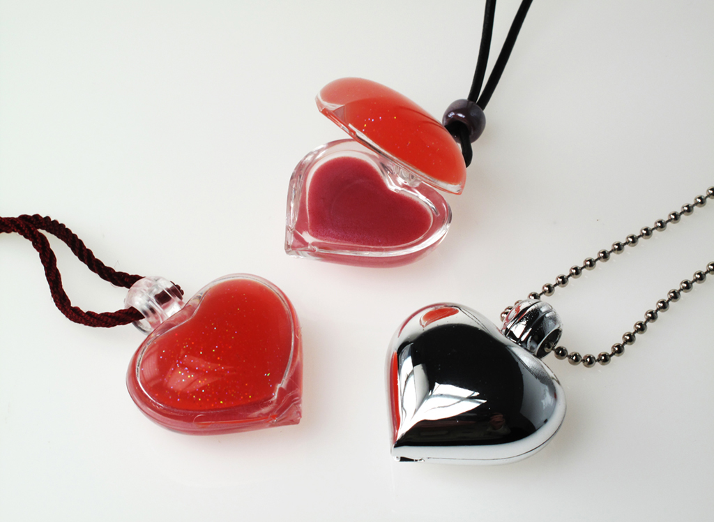 Heart Mini Cases filled in Stock